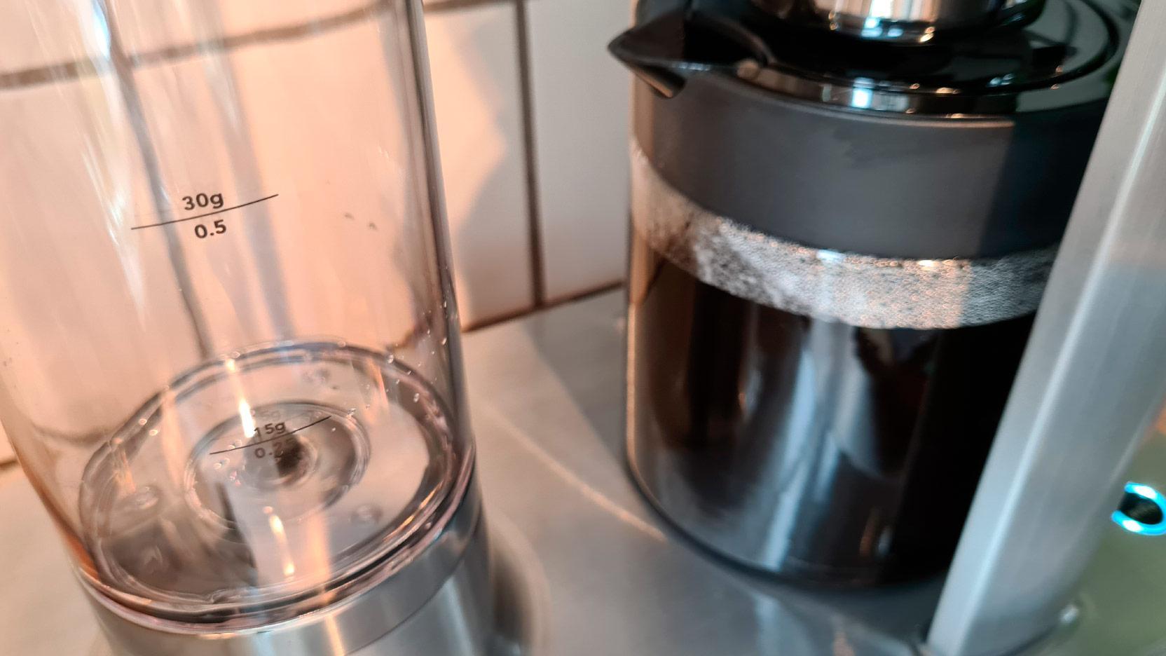 Bild av den löstagbara vattentanken på Wilfa Svart Precision WSP-2A