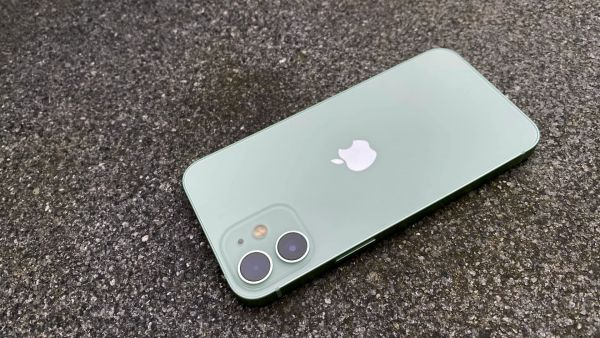 Apple-Iphone-12-Mini-01