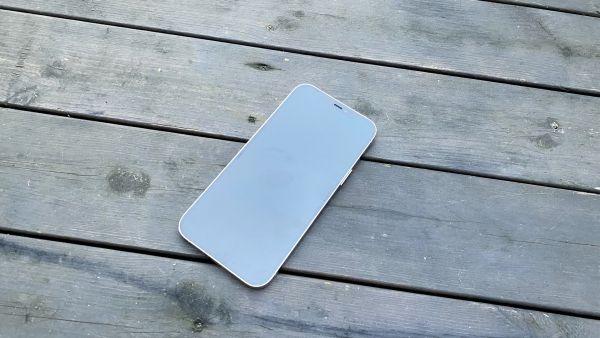 Apple-Iphone-12-Pro-Max-2