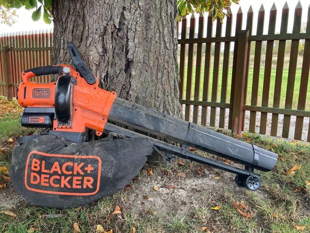 Black-Decker-BCBLV36