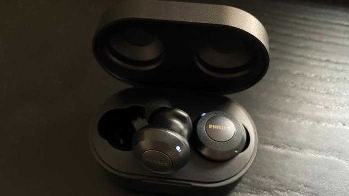 Philips-TAT8505-true-wireless