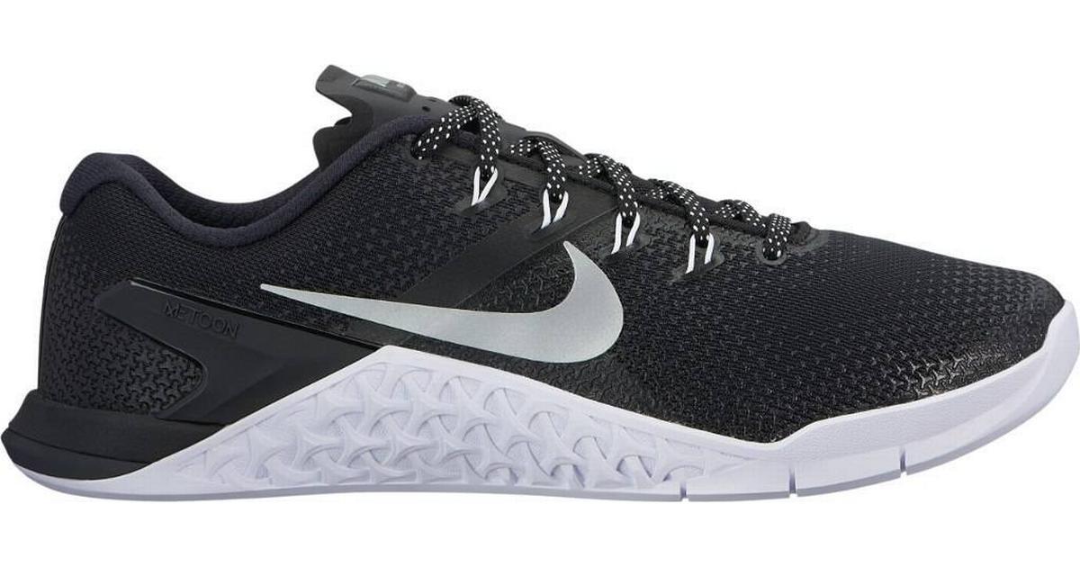 Nike Metcon 4 W BlackMetallic SilverWhiteVolt