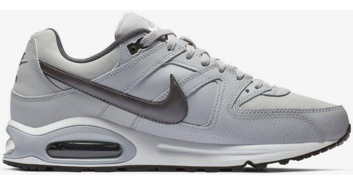 Nike Air Force 1 '07 M BlackWhite Hitta bästa pris, recensioner och produktinformation på PriceRunner Sverige