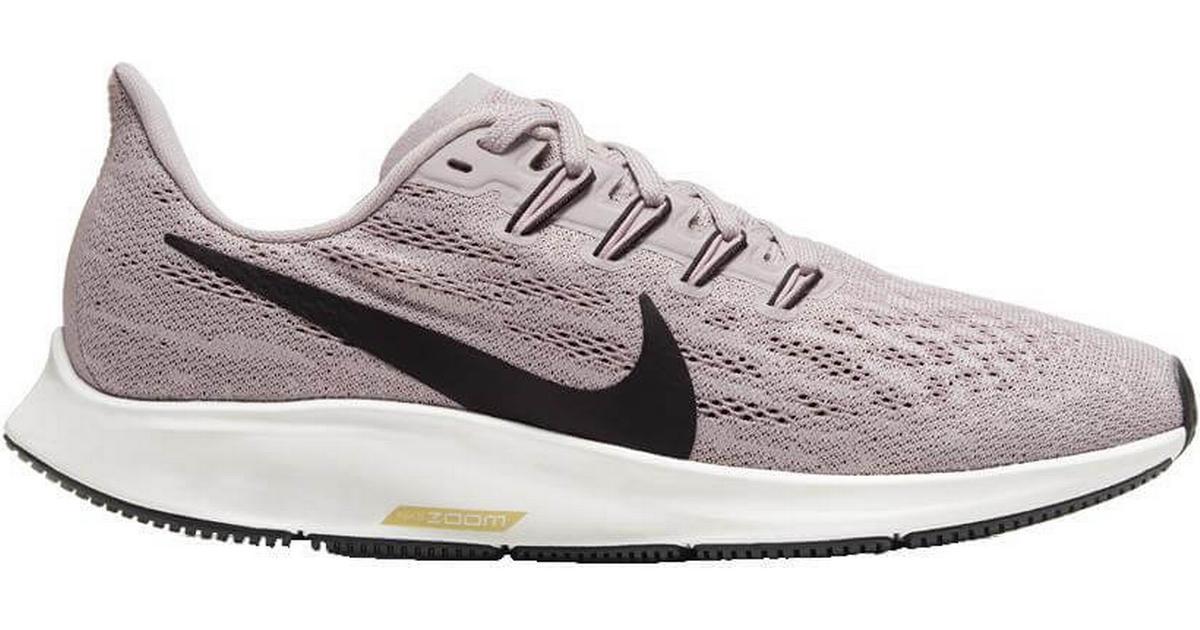 Nike Air Zoom Pegasus 36 W Platinum VioletPlum ChalkSailBlack Hitta bästa pris, recensioner och produktinformation på PriceRunner Sverige