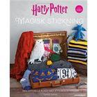 Harry Potter. Magisk stickning: Den officiella boken med Harry Potter-inspirerad stickning