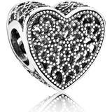 Berlocker och hängen Pandora Openwork Romance Heart Sterling Silver Charm (791811)