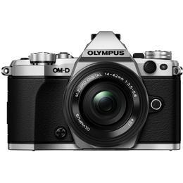Olympus OM-D E-M5 Mark II + 14-42mm EZ