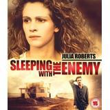 Sova med fienden Filmer Sova Med Fienden (Blu-Ray)